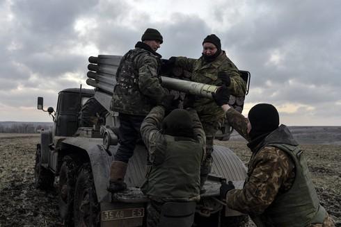 Tin thế giới 18h30: Ukraine đặt biên giới vùng xung đột, ly khai nổi giận - ảnh 1