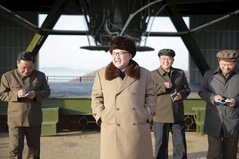 Tin thế giới 18h30: Triều Tiên sắp bắn tên lửa tầm trung? - ảnh 1