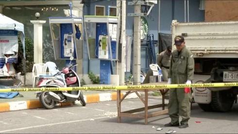 Thái Lan: Lại nổ bom liên hoàn, 31 người thương vong - ảnh 1