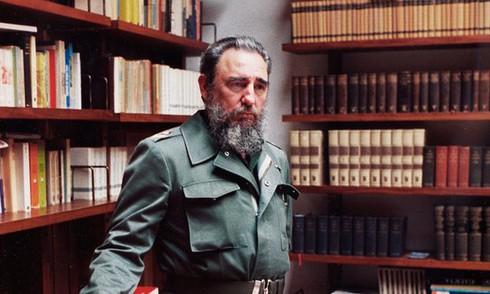 Các nhà lãnh đạo thế giới bày tỏ lòng tiếc thương ông Fidel Castro - ảnh 1