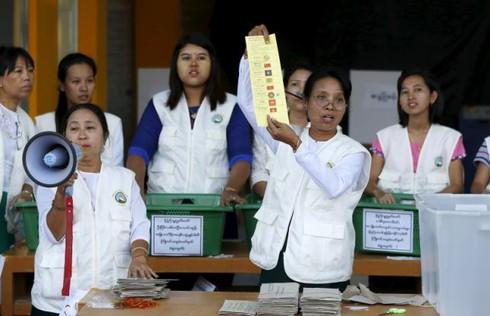 Bầu cử Myanmar: Đảng cầm quyền tuyên bố thua cuộc - ảnh 1