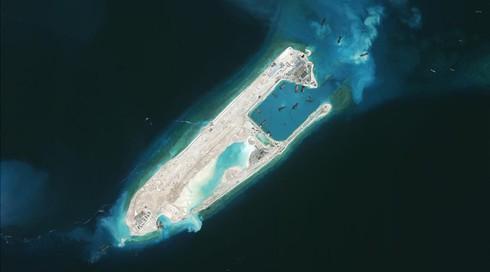 Chuyến đi bão táp tới Biển Đông của phóng viên BBC - ảnh 7