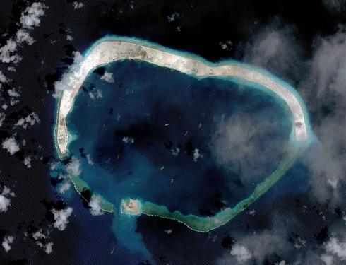 Chuyến đi bão táp tới Biển Đông của phóng viên BBC - ảnh 9