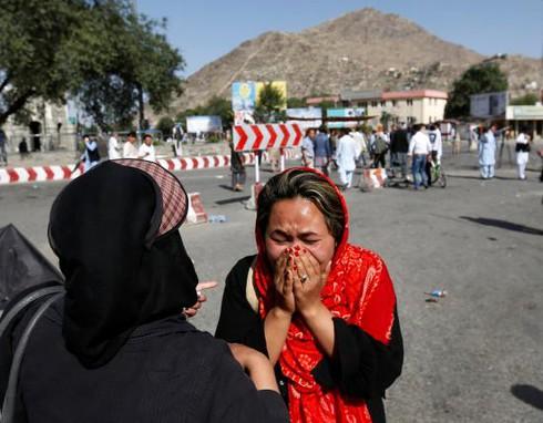 IS nhận trách nhiệm vụ tấn công khủng bố đẫm máu ở Kabul - ảnh 1