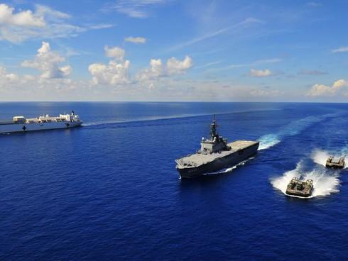 """Nhật Bản cảnh cáo Trung Quốc trước những """"gây hấn lãnh thổ"""" - ảnh 1"""