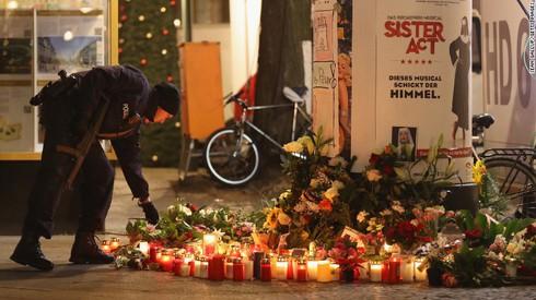 Hai ngày, bốn vụ khủng bố, hàng chục người thiệt mạng - ảnh 4