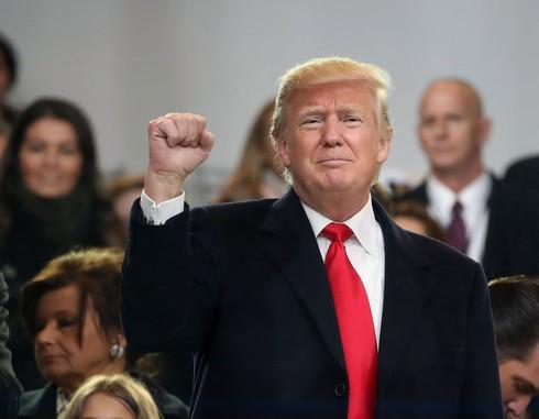 Tân Tổng thống Donald Trump đã làm được gì 48h qua? - ảnh 1