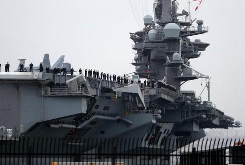 Reuters: Hạm đội tấn công Mỹ bắt đầu tuần tra ở Biển Đông - ảnh 1