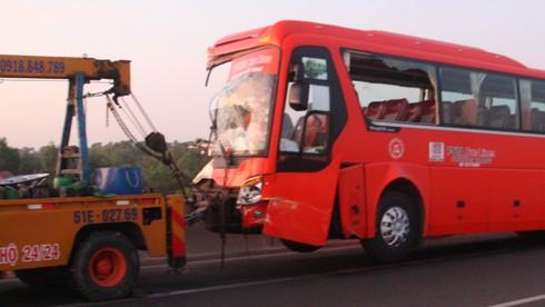 Đụng xe trên cao tốc Trung Lương 1 người chết, 9 người bị thương - ảnh 3