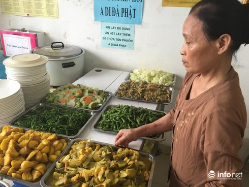 Thoát khỏi án tử, người phụ nữ nấu cơm chay cho bệnh nhân ung thư - ảnh 1