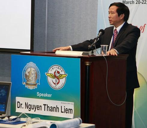 Giáo sư Nguyễn Thanh Liêm: Vụ bác sĩ Lương thực sự nguy hiểm cho bệnh nhân - ảnh 1