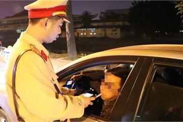 Một tài xế bị phạt 35 triệu đồng, tước bằng lái 2 năm do nồng độ cồn