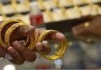 Đóng cửa chỉ giao dịch online, vàng trong nước vẫn chênh thế giới 3 triệu đồng/lượng
