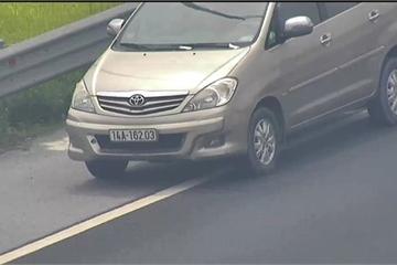 Tước giấy phép lái xe 2 tháng với nữ tài xế đi lùi trên cao tốc Hà Nội - Hải Phòng
