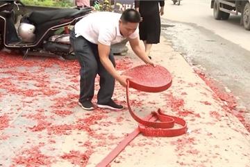 Người đàn ông đốt pháo dài hơn 50m trong đám cưới ở Hà Nội khai gì?