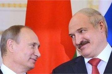 """""""Cây gậy và củ cà rốt"""" của Mỹ đối với Belarus sẽ làm Minsk quay lưng với Nga?"""