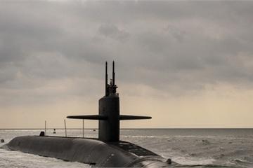 """Trung Quốc """"bất mãn"""" trước bảng xếp hạng 5 tàu ngầm hủy diệt khủng nhất"""