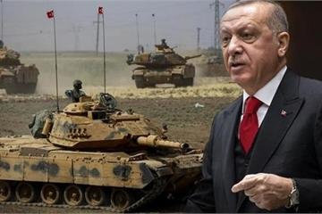 """Thổ Nhĩ Kỳ """"cùng đường"""", hợp tác với phiến quân miền Nam cùng đánh Syria"""