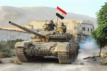 """Nội chiến 10 năm, đội quân xe tăng top 6 thế giới của Syria """"tan nát"""" như thế nào?"""