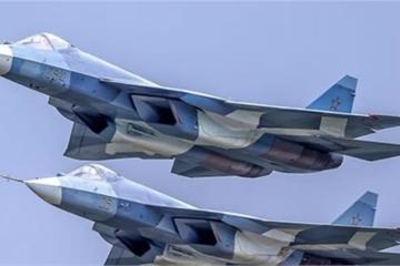 """Su-57 có thật sự là """"sát thủ"""" của F-35 và F-22?"""