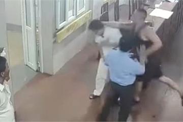"""Giang hồ Nam Định hành hung bác sỹ vì """"không nhiệt tình chữa trị cho con gái"""""""
