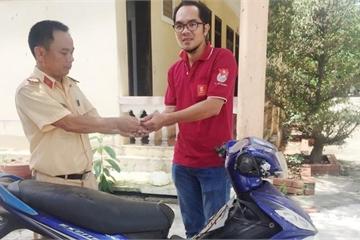 Vượt hơn 1.000km nhận lại chiếc xe máy gần 8 năm bị đánh cắp