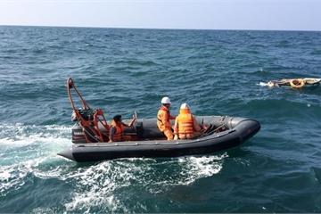 Phú Yên: 3 tàu cá mắc cạn, 1 ngư dân mất tích