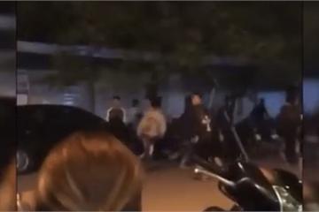 Hải Phòng: Hãi hùng, hàng chục thanh niên mang theo hung khí rượt đuổi nhau trong đêm