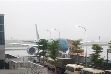 Sân bay Vân Đồn đón 3 chuyến bay đưa 158 công dân Việt từ châu Âu về nước