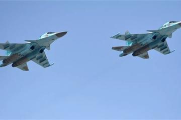 """Phi công Su-34 của Nga kể về lần tiếp nhiên liệu """"siêu kinh điển"""" trong đời lính"""