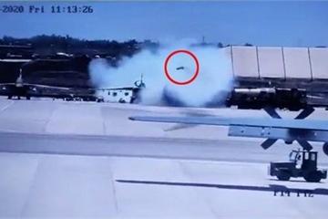Su-25 đang đậu tại căn cứ 'bất ngờ' phóng tên lửa, bốn người thiệt mạng