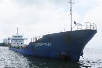 """Tìm """"chủ nhân"""" 3.000 tấn quặng titan trên tàu Tiến Phát 18"""