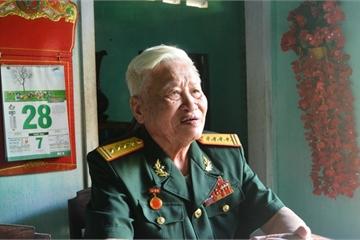 Đại tá về hưu mang nhà thế chấp lấy tiền kéo điện cho dân nghèo