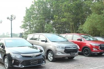 """Giá ô tô liên tục giảm sâu, khách hàng Việt vẫn chê """"cao ngất ngưởng"""""""
