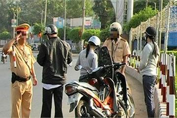Cảnh sát giao thông có được rút chìa khóa xe của người vi phạm không?