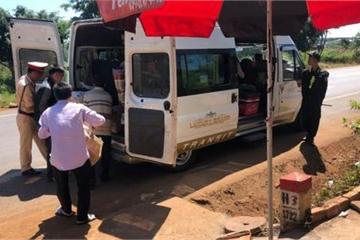 Bắt quả tang người phụ nữ mua 57kg khỉ về nấu cao