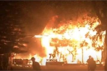 Đắk Lắk: Khu vực đánh nhạc DJ chập điện, nhà hàng bị cháy dữ dội giữa đêm