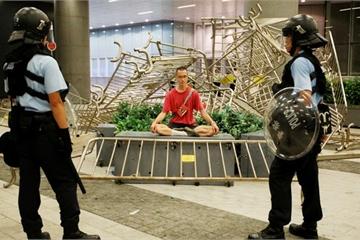 Tin nổi bật 12/6: Biểu tình dữ dội ở Hồng Kông, tân TT Ukraine ra quyết định không ngờ