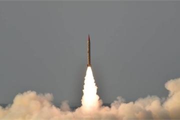 """Quan chức Pakistan: Căng thẳng với Ấn Độ có thể dẫn đến """"tận thế hạt nhân"""""""
