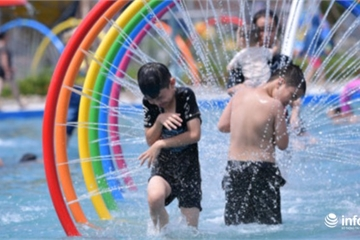 Công viên nước mới khai trương ở Hà Nội đã bị đình chỉ hoạt động trông ra sao?