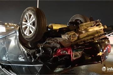 Cận cảnh hiện trường vụ tai nạn liên hoàn giữa 3 ô tô trên cầu Vĩnh Tuy