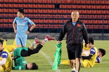 HLV Park Hang Seo chốt danh sách U23 Việt Nam, Đình Trọng chính thức ở lại