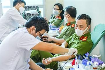 Vì nhân dân phục vụ, Trung tá Công an Hà Nội 18 năm liền hiến máu đều đặn