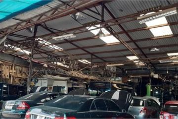 Điều hòa ô tô dở chứng ngày nắng nóng, garage quá tải