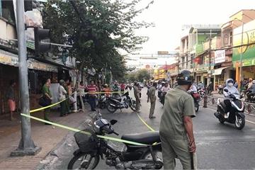 Thanh niên 19 tuổi bị nhóm người xông vào quán cà phê đâm chết