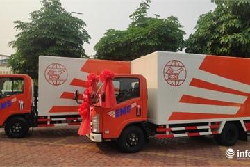 Bưu điện Việt Nam tặng ô tô vận chuyển cho Bưu chính Lào