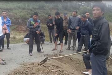 Đình chỉ mỏ đá nổ mìn làm đá bay vào nhà, nhiều người dân suýt mất mạng