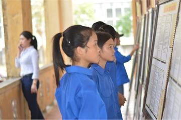 Hà Tĩnh: Trưng bày tư liệu quý về Hoàng Sa, Trường Sa nhân Ngày sách Việt Nam