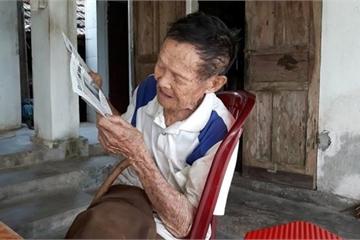Cụ ông 107 tuổi ở Hà Tĩnh tiết lộ bí quyết sống lâu cực kỳ đơn giản
