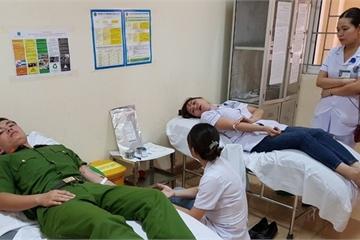 Hà Tĩnh: Cứu sống bệnh nhân nguy kịch nhờ 6 người hiến máu kịp thời